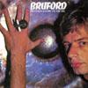 ビル・ブラッフォード、曲追加リマスター盤を紙ジャケで復刻
