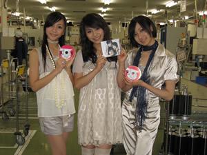 """Perfume「ポリリズム」初回盤には""""直筆サイン""""入りもあり!"""