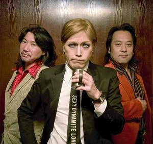 ROLLY率いる異次元のアートロック・バンド、THE卍が1stアルバムを発表!
