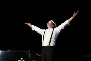 ポール・マッカートニー、ビートルズ曲を20曲以上収録予定の最新ライヴ盤が発売!