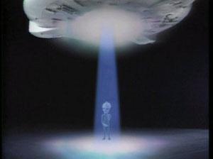 『矢追純一 UFO現地取材シリーズ』がDVD-BOX化!黄金の携帯ストラップ型UFO探知機付き