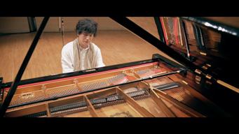 ピアニストの清塚信也、TBS系金曜ドラマ『コウノドリ』新メインテーマ「For Tomorrow」の映像公開