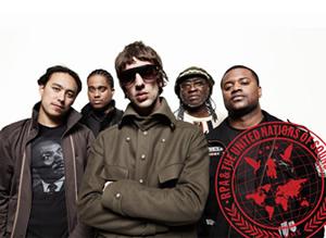 リチャード・アシュクロフト(exザ・ヴァーヴ)率いる新バンドがデビュー作をリリース