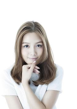ローラ・チャン、「ひなげしの花」でCDデビュー! アグネス・チャンが初プロデュース