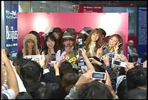 KG、リリース&バースデー・イベントに超豪華女性ゲストが大集結!