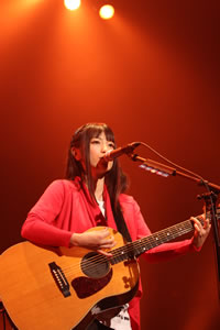 miwa、バレンタイン・ライヴで話題の新曲を披露!