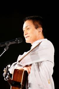 小田和正がマイケル越え、史上最長キャリア41年で首位獲得!