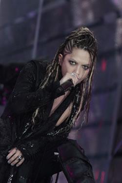 L'Arc〜en〜Ciel、<20th L'Anniversary Live>で重大発表!
