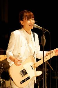 土岐麻子、大盛況のビルボードライブ東京ワンマン!