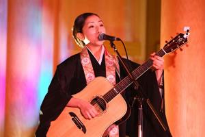 """女性住職シンガー・ソングライターが歌う、被災地からの""""ありがとう""""の歌"""