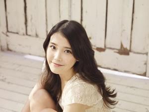 18歳の歌姫IU(アイユー)、タワレコのK-POP Ust番組にゲスト出演!