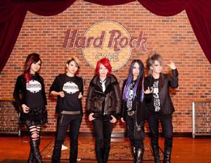 exist†trace、ピッツバーグのハードロックカフェで日本人バンドとして初ライヴ!