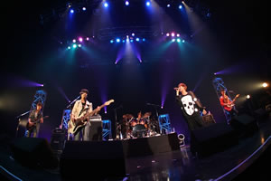FTISLAND、デビュー記念日に2ndアルバム発売イベントを開催!