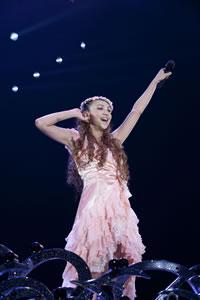 安室奈美恵、ファンと作る全国5大ドーム・ツアーが開催決定!