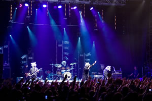 MAN WITH A MISSION、フランス初ライヴ! <JAPAN EXPO>に登場