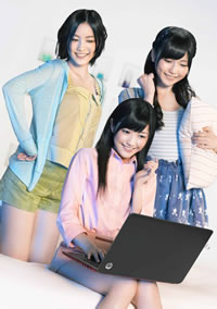 AKB48・フューチャーガールズが歌う「Show fight!」が「Ultrabook」新CMでオンエア!