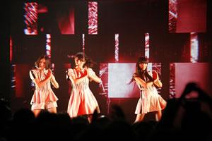 Perfumeがシンガポールで重大発表! 新曲は映画『ドラえもん』主題歌
