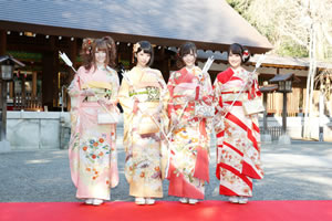 乃木坂46、乃木神社で成人式へ
