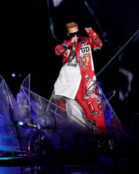 G-DRAGON (BIGBANG)、熱狂の西武ドーム2Days!