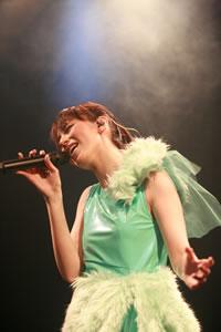 平野 綾、ファンクラブ限定イベントで新曲「Promise」を初披露