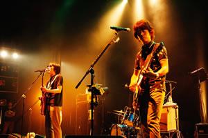 真心ブラザーズの全国ツアーがファイナル、25周年企画ライヴも発表