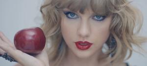 """テイラー・スウィフト「ブランク・スペース」MVで""""悪夢のような女""""に豹変"""