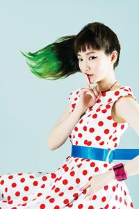安藤裕子、ニュー・シングルは「360°サラウンド」