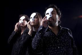 ROLLY在籍のロック・バンド、The MANJIが新作MV「地獄の極楽」を公開