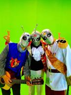 """""""宇宙人バンド""""GRAYS51が新曲「AAALIEN」を公開 ティッシュ配りでPR"""