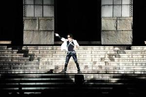 マイケル・ジャクソン 、ニュー・アルバム 『MICHAEL』ジャパン・プレミアにファン3,000人が集結!