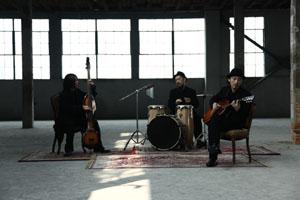 ACIDMAN結成15周年&デビュー10周年記念第1弾、アコースティック・アルバムとライヴDVDが同時発売!