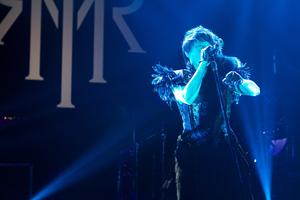T.M.Revolution、10年ぶりにOTAKONへ登場! HOME MADE家族との共演も盛況!