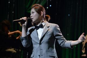 絢香、自身初となるカヴァー・アルバムを引っさげ、豪華セットリストの全国ツアー・スタート!