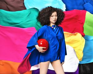 椎名林檎、2014NHKサッカーテーマとなるニュー・シングル発売決定!