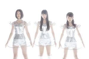 トベタ・バジュンのプロデュースによる3人組テクノポップ・ユニット「Cupitron (キュピトロン)」が誕生!