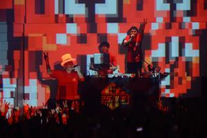 電気グルーヴ、結成25周年記念ツアー大団円! 来年1月スタートのテレビ東京系ドラマEDテーマに新曲が決定!