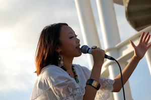 COMA-CHI、ライヴ・イベント〈Sunset Lounge〉に出演!絵本付EP発売の発表も