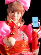 きゃりーぱみゅぱみゅ、KDDI主催イベント〈FULL CONTROL TOKYO〉に登場!