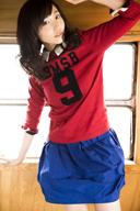 吉木りさ、初フル・アルバム『ペントミノ』のカヴァー・アートおよびミュージック・ビデオを公開