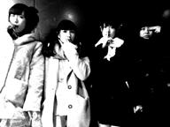 """アイドル・ラップ・クルー""""校庭カメラガール""""、Vampillia主催イベント〈いいにおい〉に出演決定"""