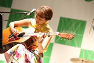 chay、10thシングル「恋のはじまりはいつも突然に」リリース記念〈春恋ライブ〉を開催