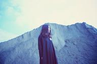 児玉真吏奈、アルバム『つめたい煙』収録曲のMVを公開 七尾旅人、PIKAからのコメントも
