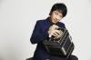 [インタビュー]<br />小松亮太 アストル・ピアソラ生誕100周年を記念して「バンドネオン協奏曲」のライヴ録音をリリース