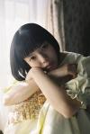 カネコアヤノ、弾き語りアルバム『よすが ひとりでに』をCD、カセット、配信でリリース