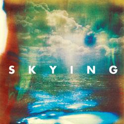 「ホラーズは常にサイケデリックなサウンドを求めている」—進化/深化した3rd『スカイング』を携えて来日!
