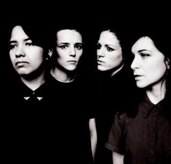 ロンドン発女性4人組ポスト・パンク・バンド、サヴェージズが5月22日にアルバム・デビュー!