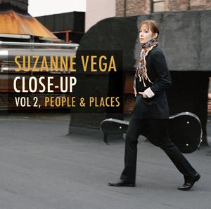【スザンヌ・ヴェガ interview】自らの代表曲をアコースティックな小編成で再録音——テーマ別に選曲されたスザンヌ・ヴェガのニュー・アルバム