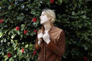 元ガールズのクリストファー・オウエンス、2枚目のソロ・アルバムを発表