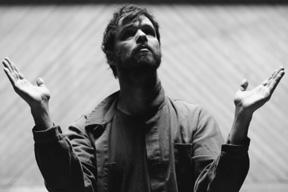 ダーティー・プロジェクターズ、4年ぶりとなる新曲「Keep Your Name」のMVを公開
