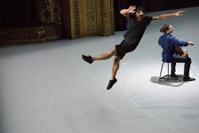 コンテンポラリー・ダンス・シーンをリードするローザスが2年ぶりの来日公演を開催
